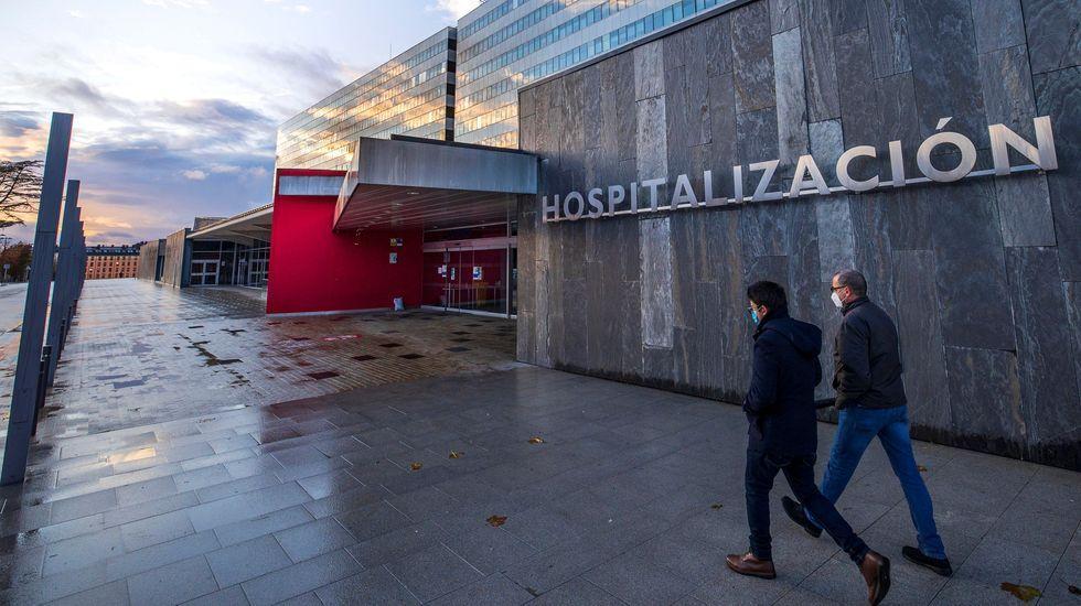 Imagen de la entrada principal al Hospital Universitario Central de Asturias (HUCA) de Oviedo