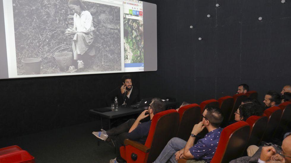 El director islandés Hlynur Pálmason presento hoy en el Festival Internacional de Cine de Gijón la cinta  A White, White Day , dentro de la primera jornada de la 57ª edición del Festival Internacional de Cine de Gijón, que se desarrollará hasta el 23 de noviembre con la proyección de 174 películas, 16 de ellas a concurso en la sección oficial. EFE/Alberto Morante