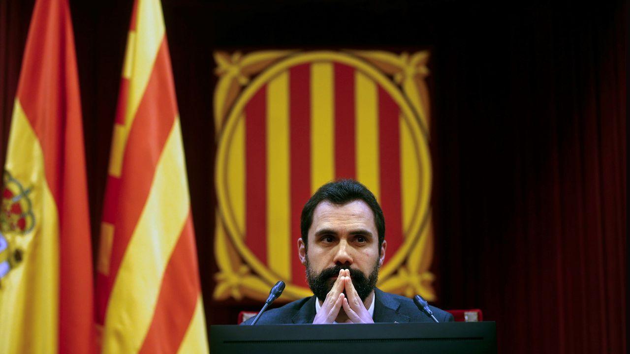 Imágenes de la intervenciónpolicial en la AP-7 y en el municipio de Salt.En la pasada legislatura, PSOE, PP, Ciudadanos y Unidas Podemos optaron por diputadas para sus portavocías