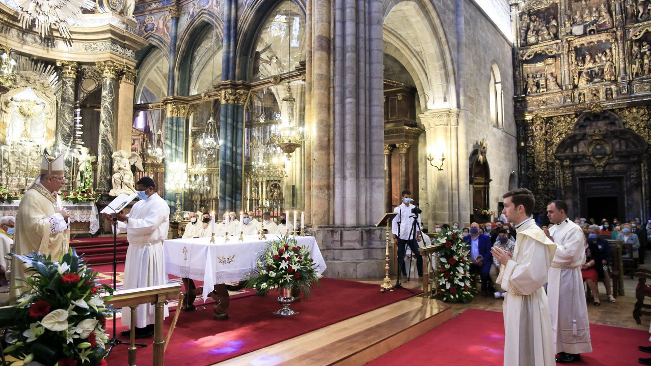 Dos nuevos sacerdotes para la diócesis de Lugo.Un concierto en la bodega soberina Regina Viarum en una edición anterior del festival
