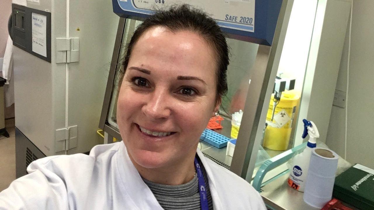 Beatriz Martínez Trillo, en el laboratorio en el que trabaja