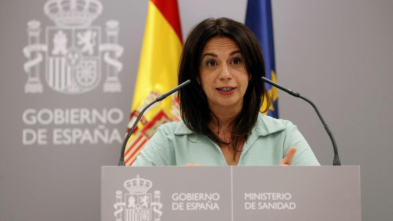 La secretaria de Estado de Sanidad, Silvia Calzón, comparece en rueda de prensa para dar cuenta de los últimos datos de la pandemia de coronavirus en España