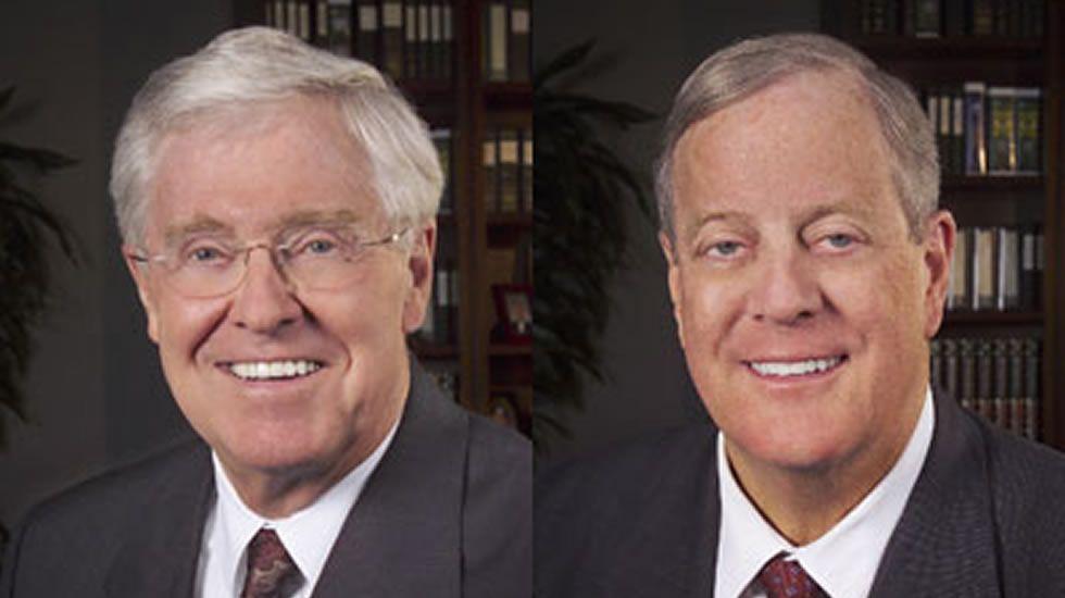 A la izquierda, Charles Koch (42.900 millones de dólares   38.303 millones de euros). A la derecha de la imagen, David Koch (43.100 millones de dólares   38.482 millones de euros). Sexto y séptimo en la lista «Forbes».