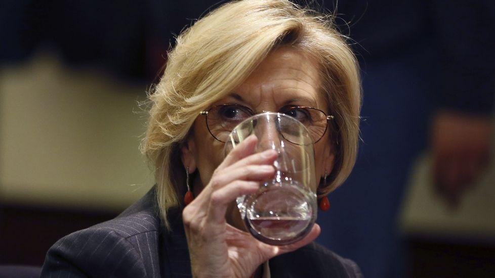 Toni Cantó renuncia a su escaño en el Congreso y a ser candidato a la Generalitat.Rosa Díez en el cónclave extraordinario de UPyD