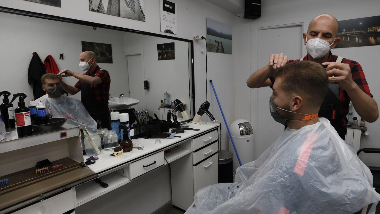 Paco López, de Covas, recuerda que la higienización por el covid-19 también ha aumentado el gasto