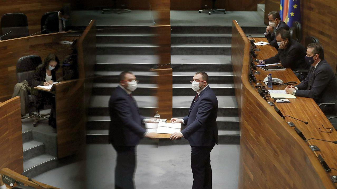 La alcaldesa de Gijón, Ana González, y el consejero de Ciencia, Borja Sánchez, visitan el edificio Greenspace, en el Parque Científico y Tecnológico de Gijón