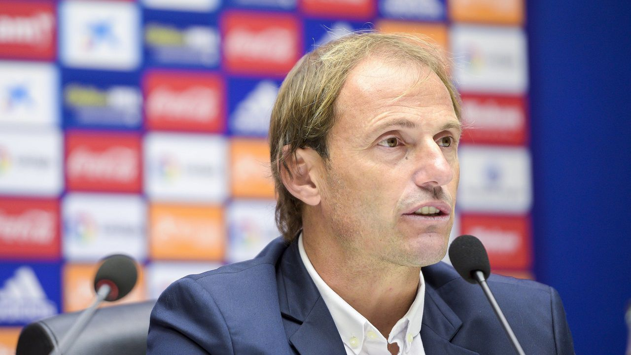 Francesc Arnau en la sala de prensa del Carlos Tartiere