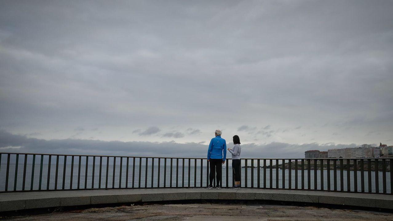 Paseos al amanecer en A Coruña