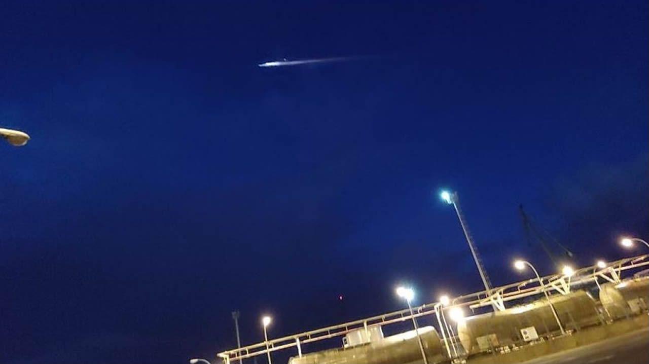 Restos de un cohete Soyuz surcan el cielo de Galicia.El triunfo de la muerte de Pieter Brueghel