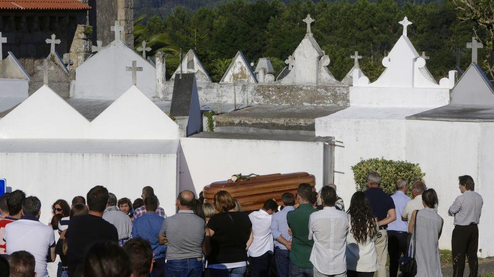 Entierro y funeral de Laura Dubra.