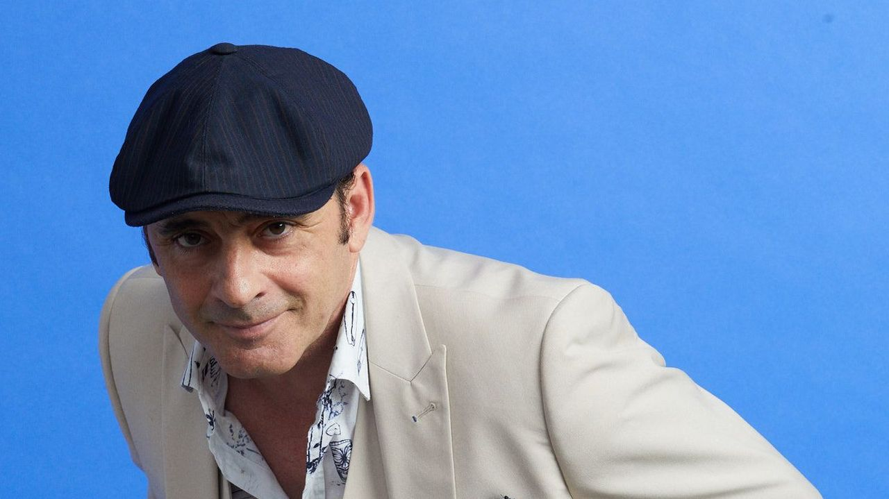 Zenet, vestido por Javier Cañizares en una imagen promocional del artista andaluz