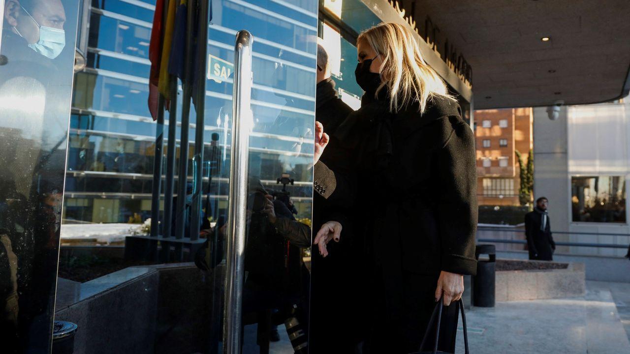Cifuentes niega haber pedido que falsificaran las actas de su máster.Cristina Cifuentes declara en el juicio por el caso Máster