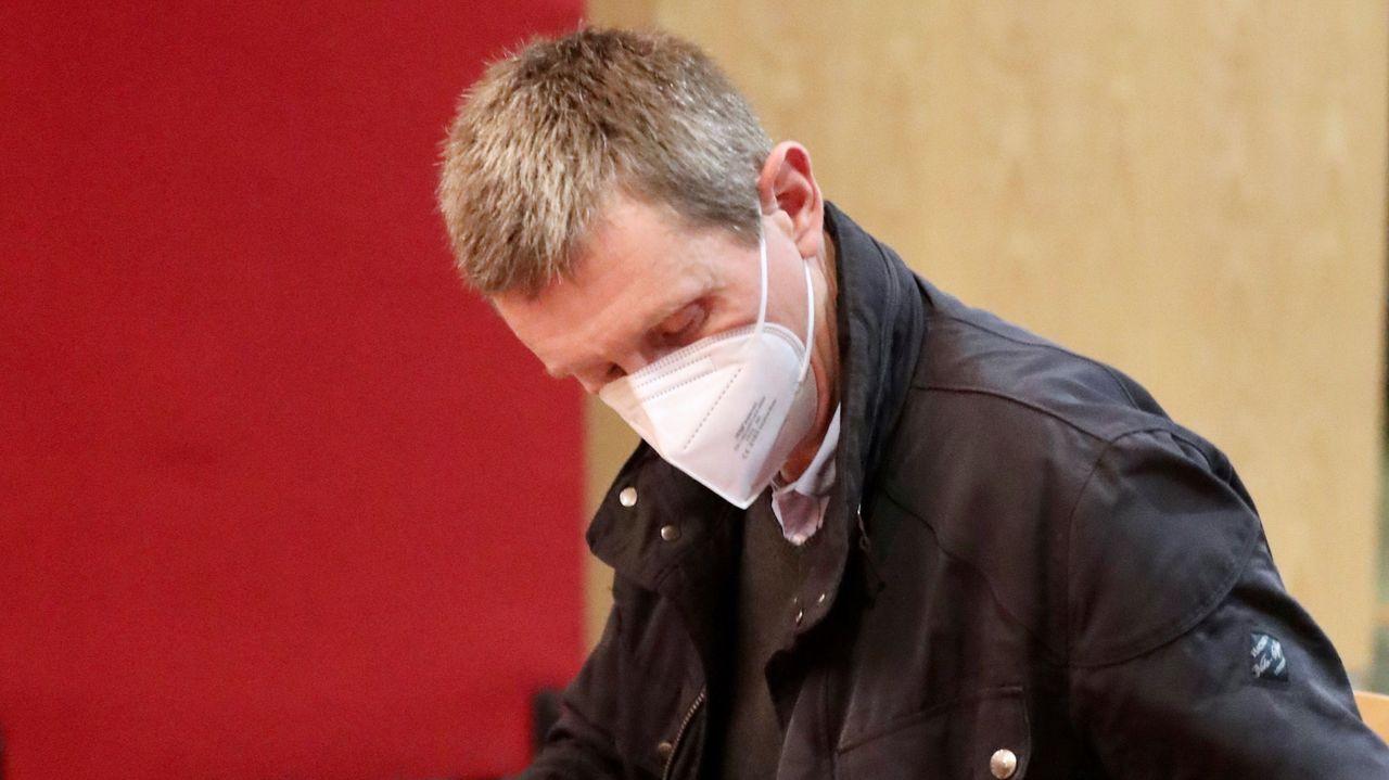 El Juzgado de lo Penal 2 de Oviedo acogió este lunes el juicio contra el exdirector-gerente de la Sociedad Mixta de Gestión y Promoción del Suelo (Sogepsa) José María Quirós