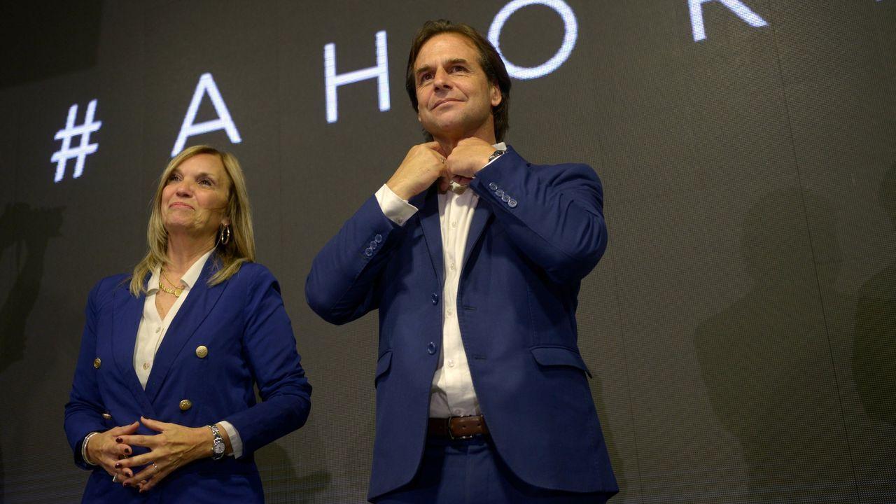 Luis Lacalle Pou y Beatriz Argimon, candidatos a Presidente y Vicepresidente de Uruguay por el Partido Nacional tras las elecciones del 27 de octubre.