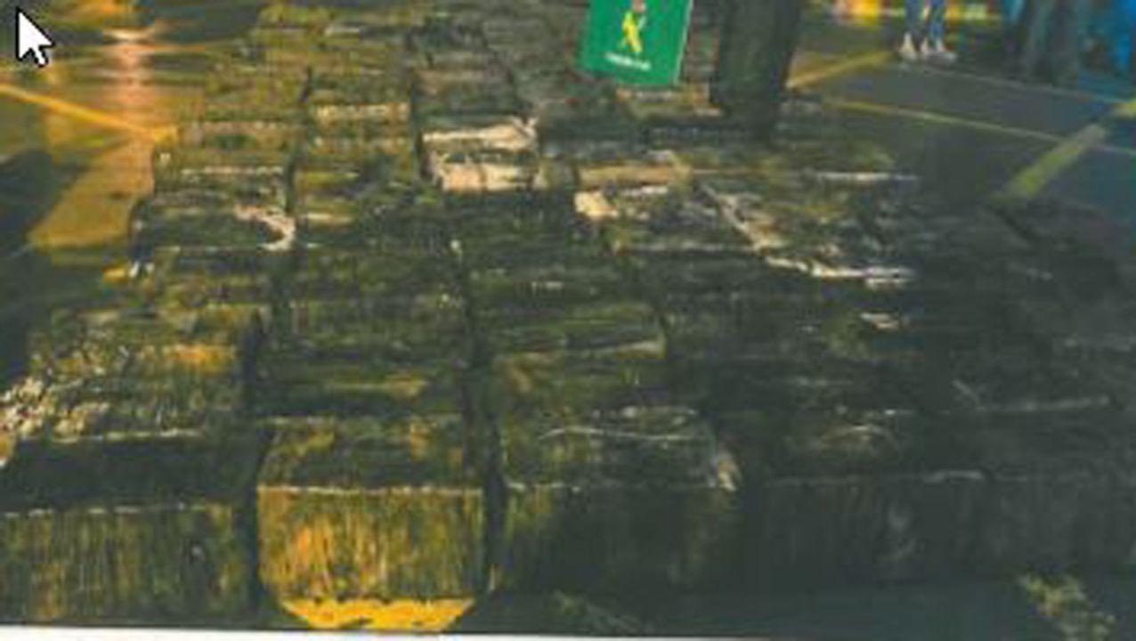 Cada uno de los paquetes intervenidos en la operación estaba especialmente plastificado para protegerlos de la humedad