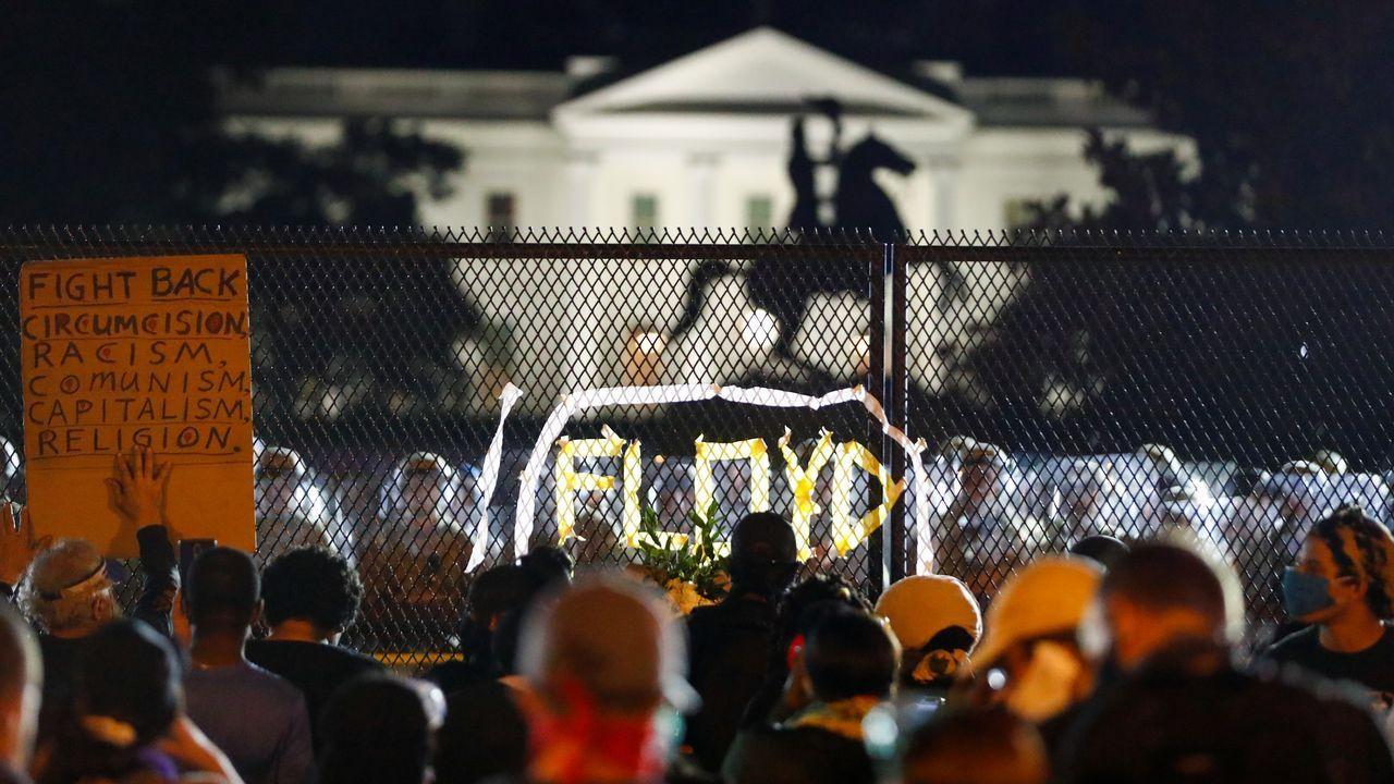 Los estadounidenses vuelven aretar el toque de queda pero sin apenas disturbios.El escritor suizo Joel Dicker