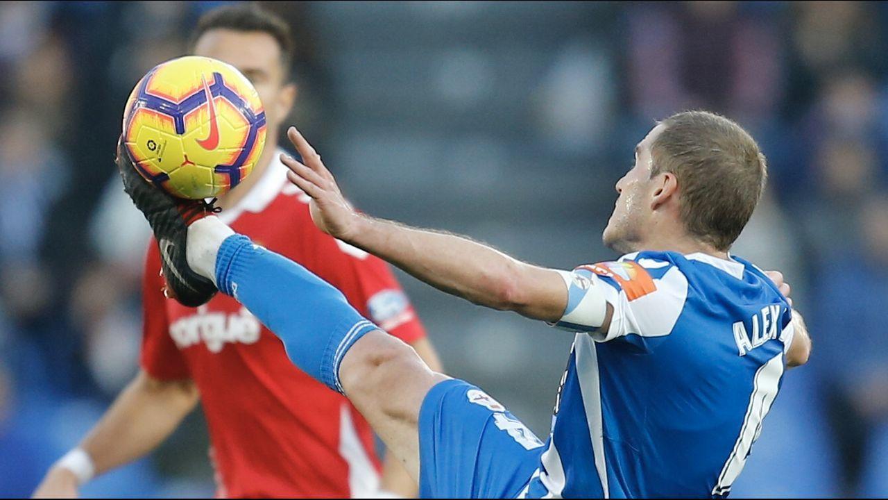 Quique González: «Si fallan Cristiano Ronaldo, Messi o Luis Suárez, cómo no vas a fallar tú».Quique cae al suelo en un lance del partido del sábado contra el Nàstic