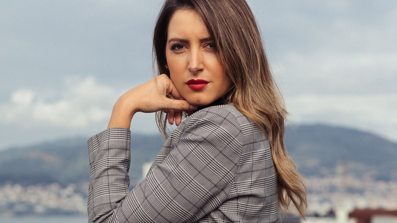 Andrea Pousa, nunha imaxe promocional do seu novo disco.