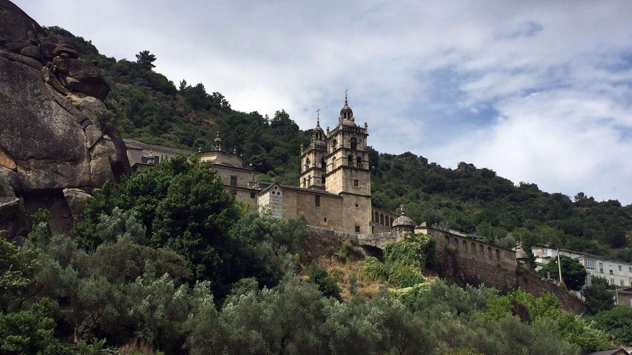Los chefs de Estrellas Solidarios no Camiño promocionan la gastronomía y el paisaje gallego.Santuario de As Ermidas (O Bolo)