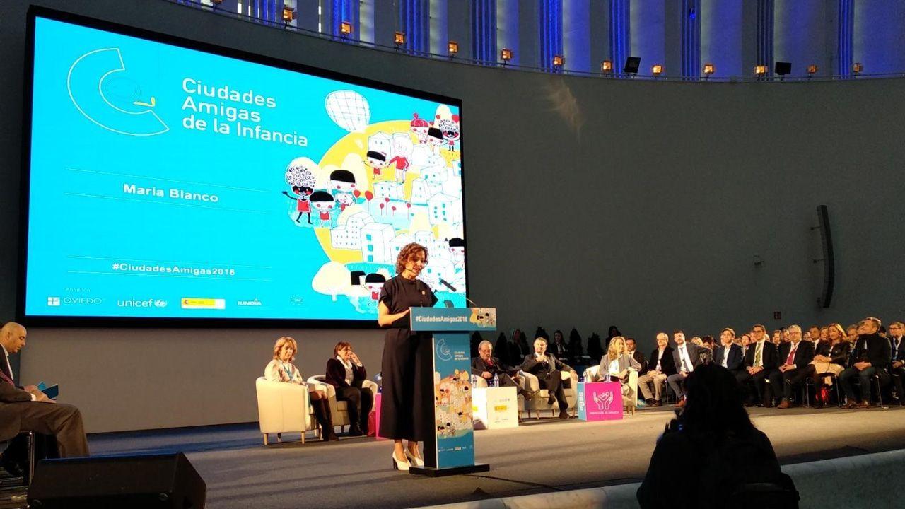 Ceremonia de entrega de las distinciones a las «Ciudades Amigas de la Infancia», celebrada en el Palacio de Exposiciones y Congresos de Oviedo