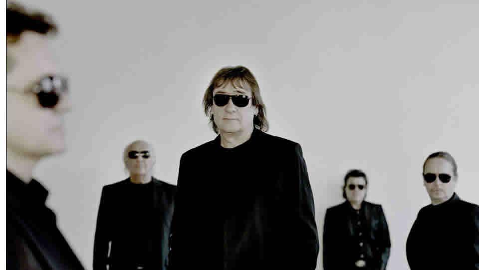 Ronnie Wood, Charlie Watts, Keith Richards y Mick Jagger están de gira ahora por Australia.