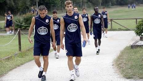 El Pontevedra-Deportivo, en fotos.Varios de los jugadores del filial serán protagonistas en el Dépor la próxima temporada.