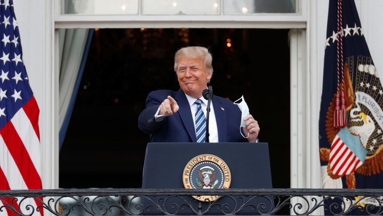 Reaparición de Trump sin mascarilla.Trump en su vuelta a la campaña, en un acto desde un balcón de la Casa Blanca, tras dar positivo por covid
