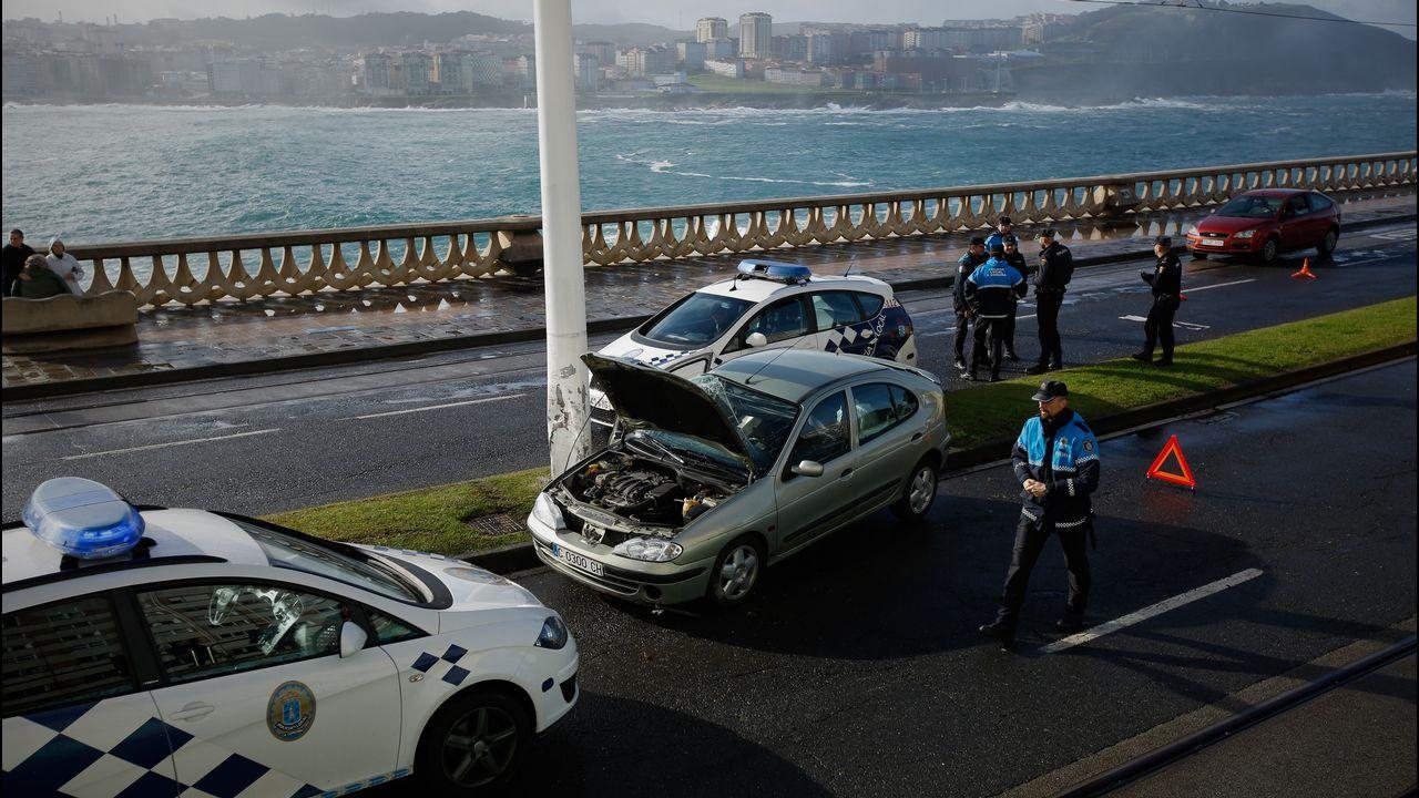 Accidente de tráfico en el paseo marítimo