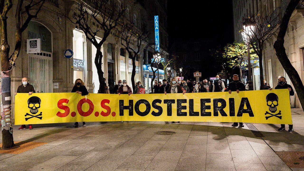 El 2020 también fue año de nuevas aperturas.Protesta de los hosteleros ourensanos, uno de los sectores más afectados por las restricciones