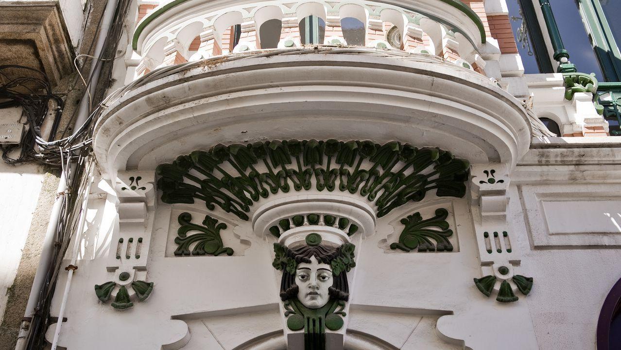 cara.Edificio modernista de la plaza de San Nicolás, de Ricardo Boán y Callejas
