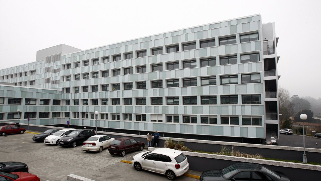 La enfermera y el celador del que se enamoró y la estafó se conocieron trabajando en el Hospital Provincial de Conxo, en Santiago