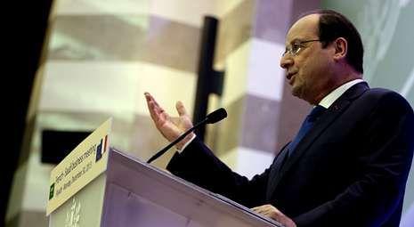 Hollande ha prometido reducir el paro, que afecta a 3,29 millones de ciudadanos.