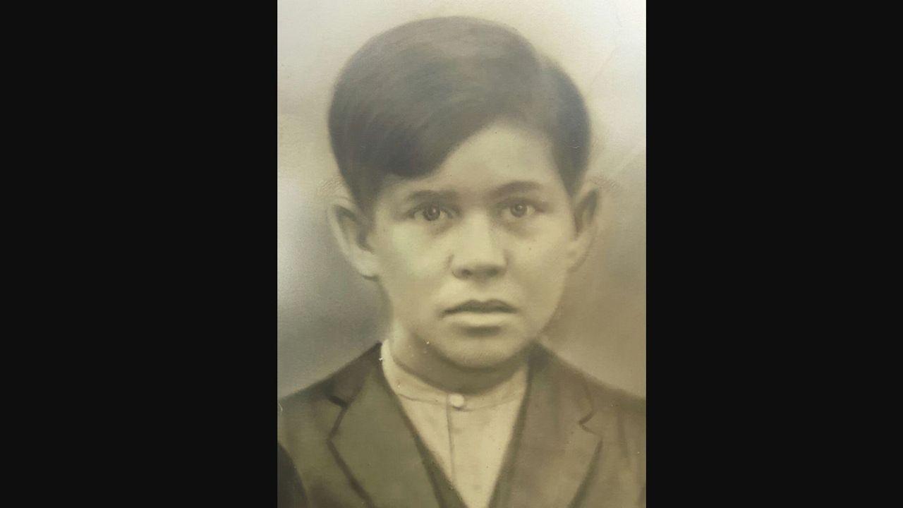 Fotografía de Ángel Fernández cuando era un niño