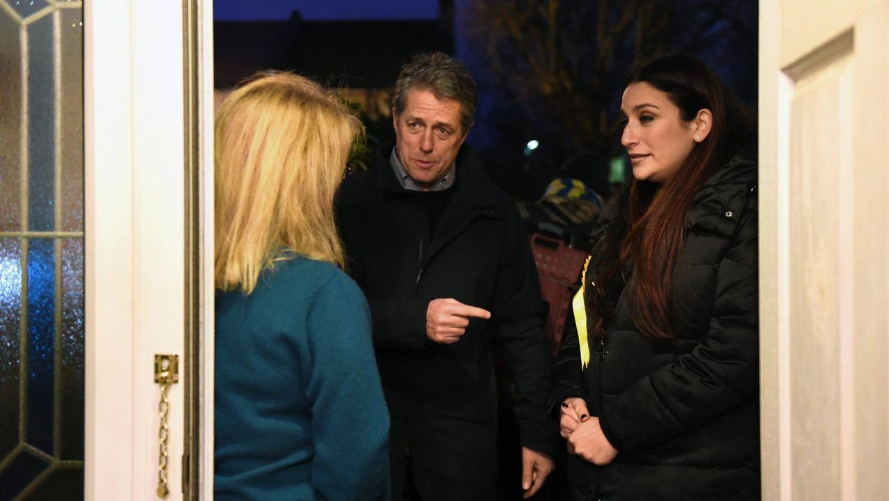 Hugh Grant hizo campaña con  Luciana Berger, la candidata liberaldemocrata  del distrito de Finchley y Golders Green