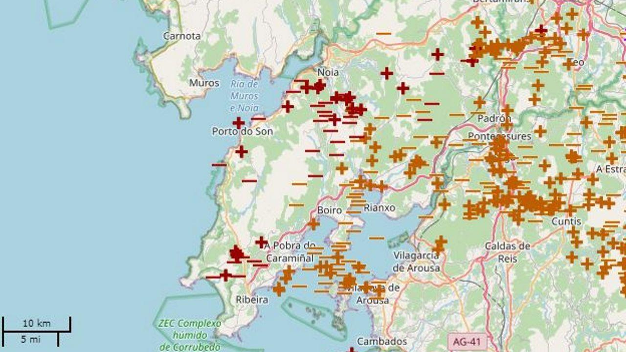 Mapa que representa los rayos caídos entre las 18.00 horas y la medianoche del domingo