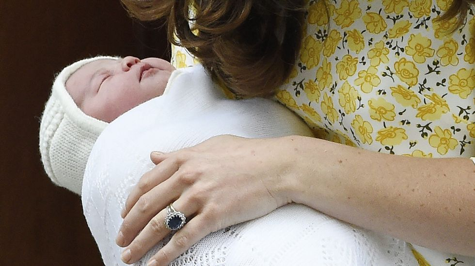 El bautizo de Carlota, en imágenes.La princesa Carlota ha sido bautizada en la misma capilla en la que fue bautizada en 1961 su abuela materna, Diana Spencer