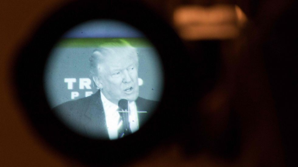 MIKE SEGAR | Reuters