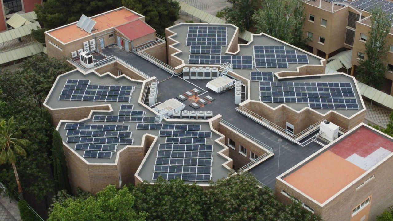Planta fotovoltaica en la UJA