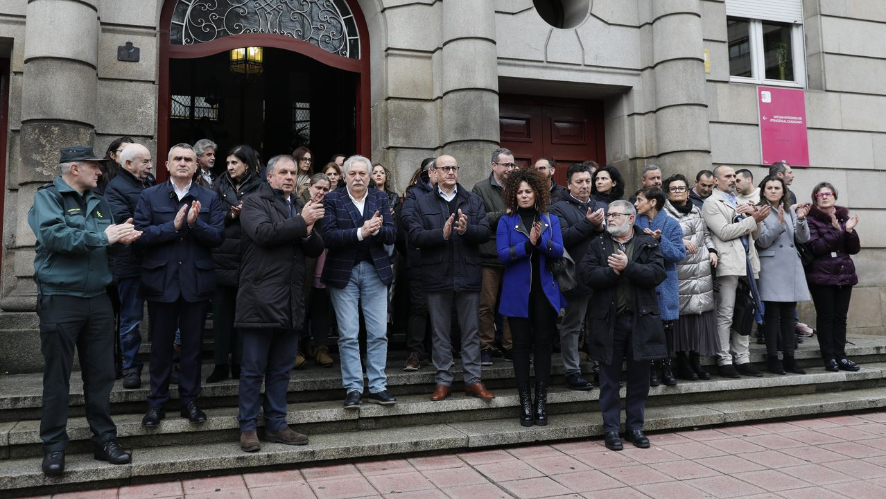 Concentraciones por el crimen machista de A Pastoriza.Buxos Verdes actuará en Vilalba en la entrega del Premio Agustín Fernández Paz