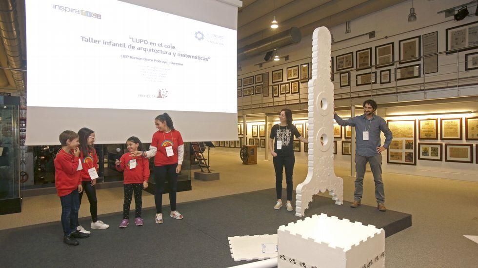 otero pedrayo (O Barco).   La idea es que los alumnos aprendan construyendo. ¡Lo hicieron en directo en InspiraTICs!