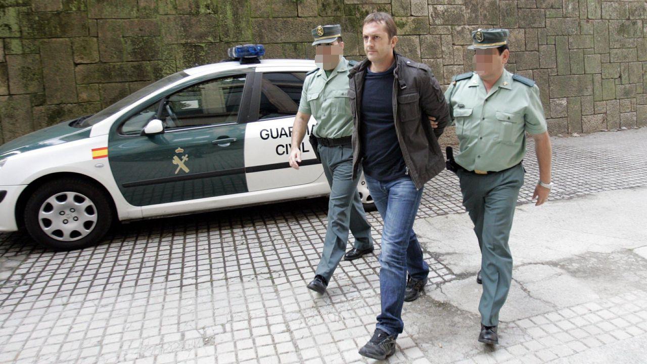 Martínez Campos fue detenido en dos ocasiones por el crimen, pero siempre dijo ser inocente. En la imagen, entrando a los juzgados en octubre del 2011