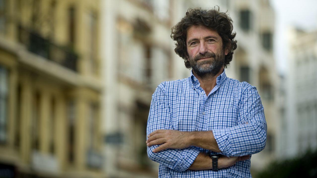 Los emigrantes recogen el premio Ourensanía