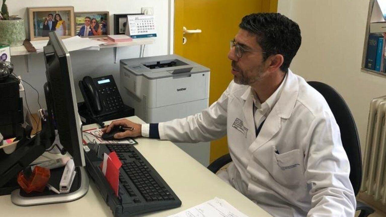 «Eu vou de superfeirón, ¿e ti?».Manuel Lopez, conceja del PPl responsable de la zona rural de Lugo