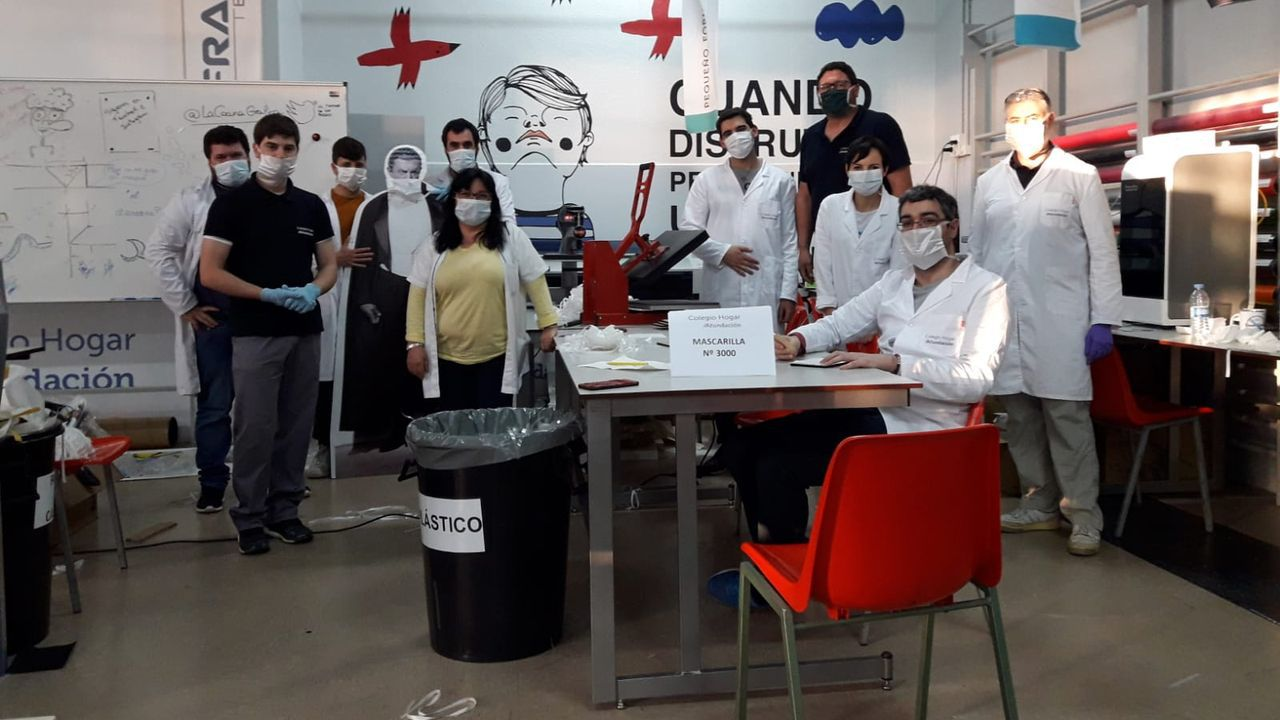 Emprendedores Solidarios 2020 recibe peticiones para hacer mascarillas y batas