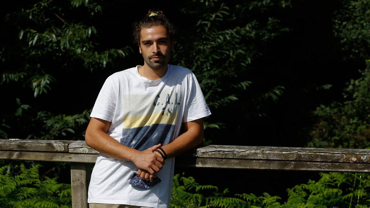 El Pórtico, al detalle,en la«app» de la Fundación Barrié.Antón Rodríguez cursa estudios simultáneos de Matemáticas y Física en la USC