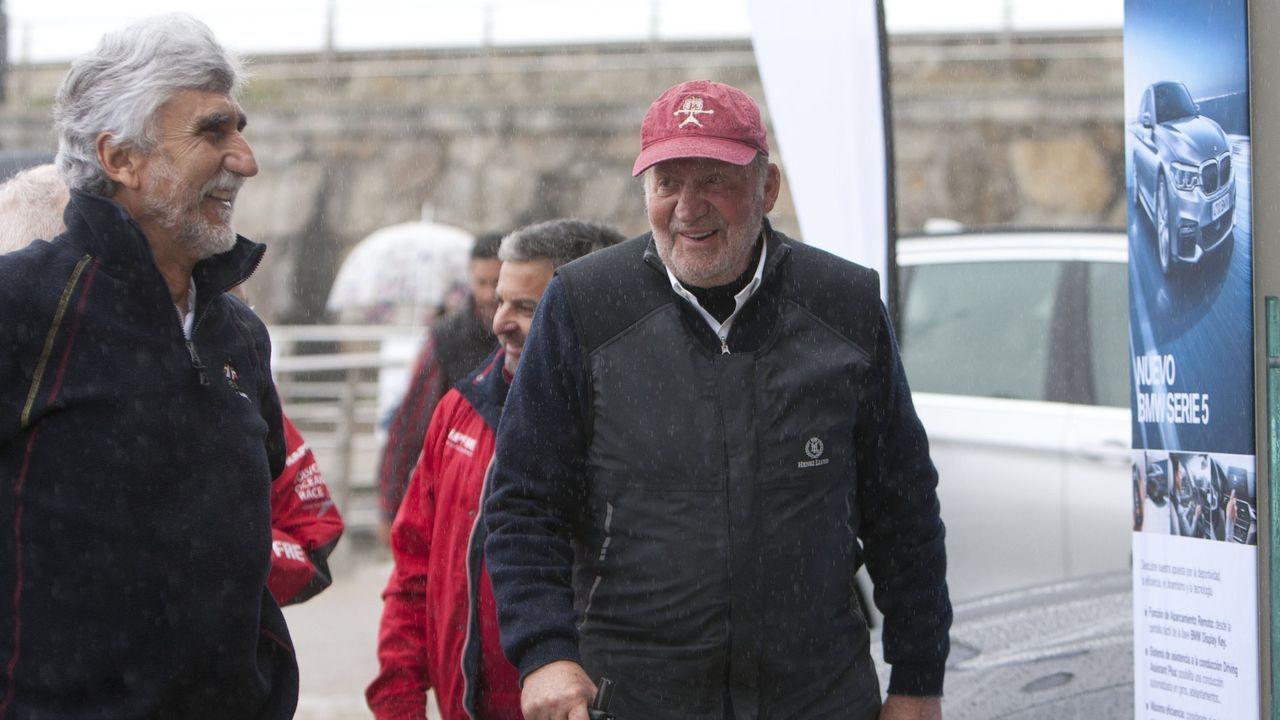 El rey emérito Juan Carlos I en Sanxenxo donde abrió la temporada de regata en marzo de 2017