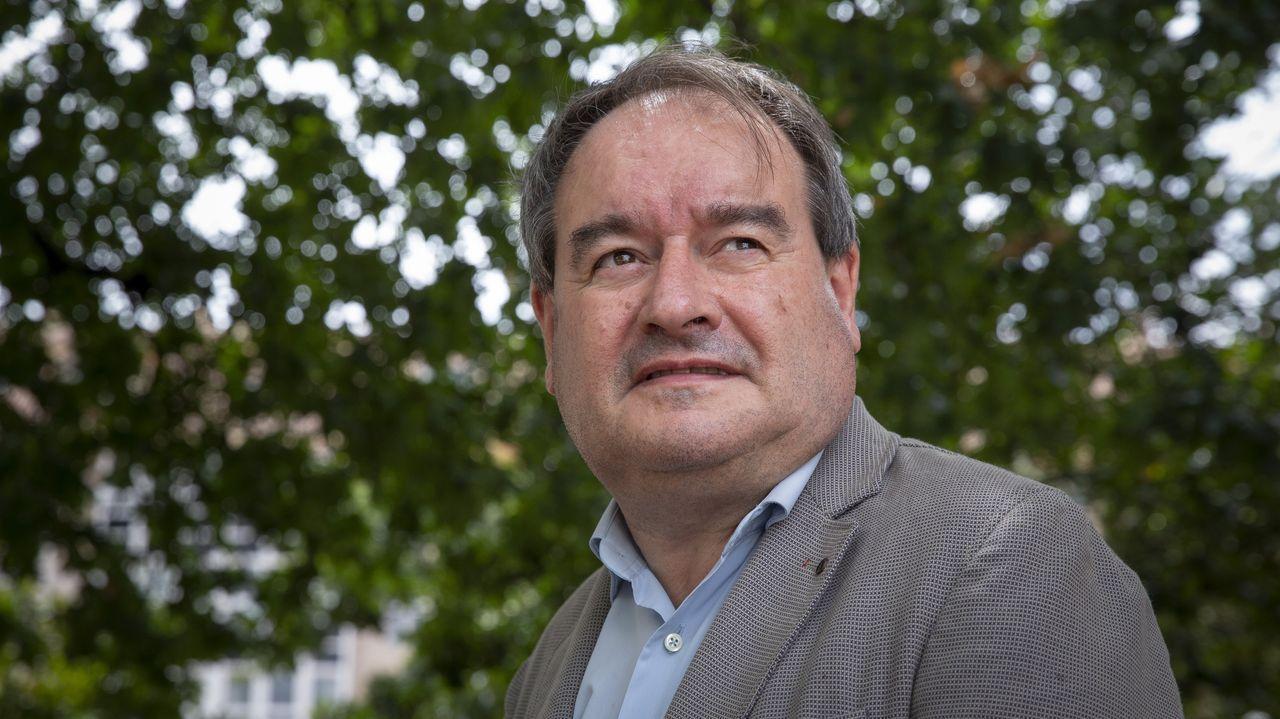 Rubén Lois González es profesor e investigador en la Univesidade de Santiago de Compostela