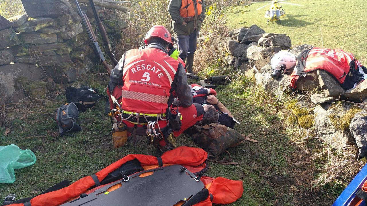 Rescatado un cazador herido en Aller