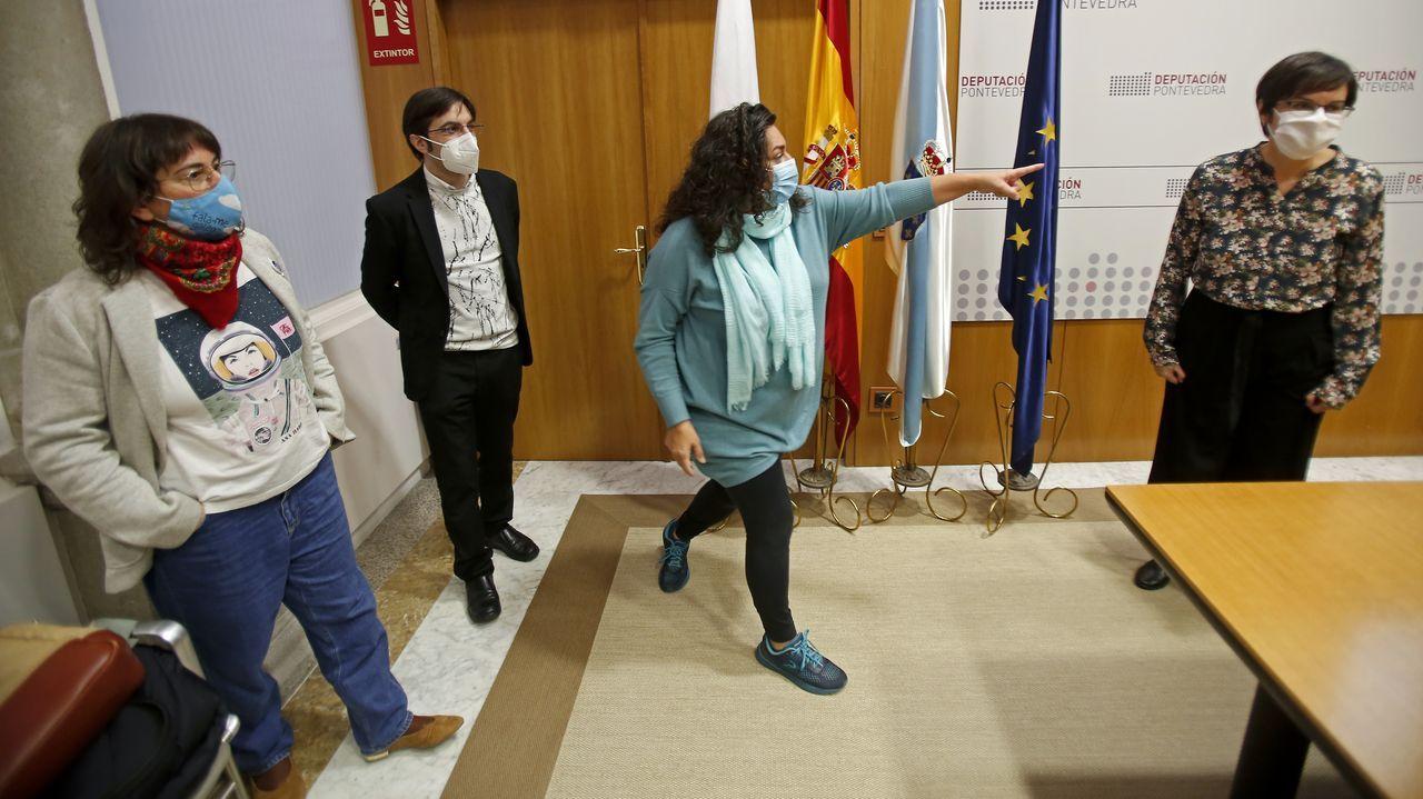 El Salón del Libro Infantil y Juvenil abre sus puertas en Pontevedra.Xaquín Moreda y Kiko da Silva presentan el cómic «Os berros da motocicleta», sobre la vida de Josefina Arruty