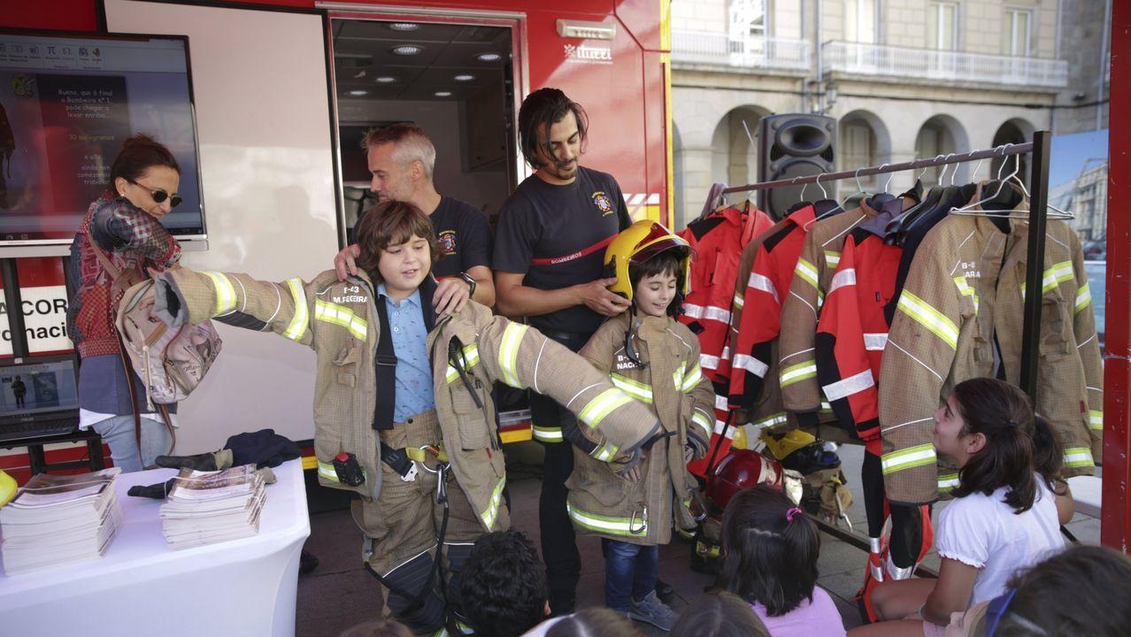 Incendio en Rosalía de Castro.Semana de la Prevención